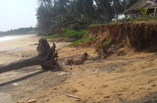 Article : En Côte d'Ivoire, le réchauffement climatique sur les plages de San Pedro